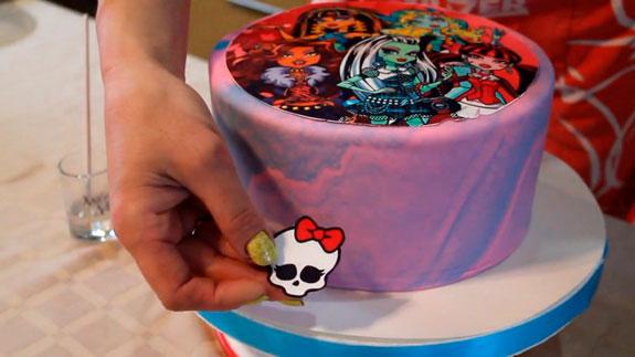 Верх торта украшаем фотопечатью на сахарной... Торт Птичье молоко: пошаговый фото-рецепт