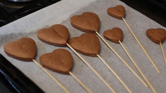 Когда имбирные пряники Валентинки испекутся -... Пряники имбирные Валентинки: пошаговый фото-рецепт