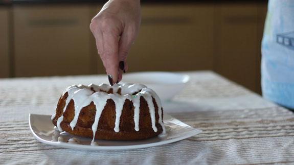 Достаем кекс из духовки. Быстрый кекс: пошаговый фото-рецепт