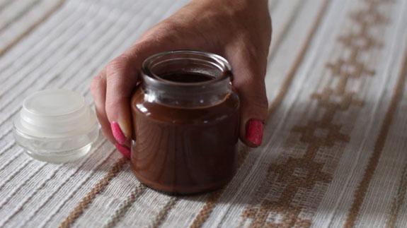 Перекладываем готовую массу в любую закрывающуюся посуду. Горячий шоколад со сливками: пошаговый фото-рецепт