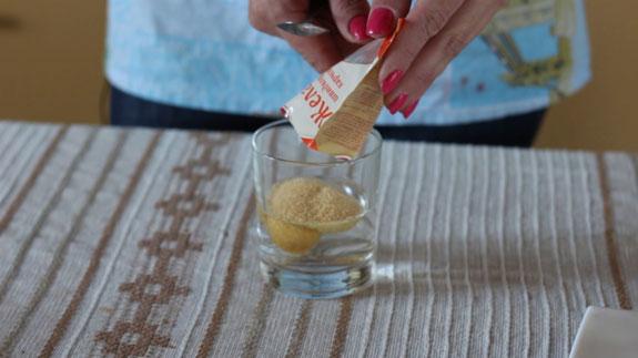 Соединяем желатин с ¼ стакана воды. Желейные конфеты со вкусом лимона: пошаговый фото-рецепт