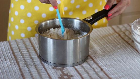 Растопленную, однородную медовую смесь... Медовые пряники с карамелью: пошаговый фото-рецепт