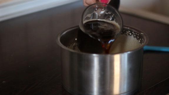 Добавляем 100 мл. кофе и размешиваем до... Торт Тирамису: пошаговый фото-рецепт