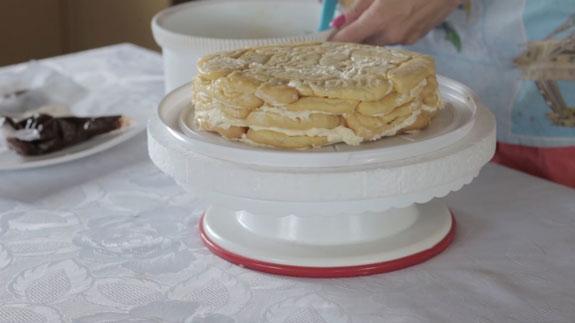 Даем торту немного постоять в холодильнике... Торт Дамские пальчики: пошаговый фото-рецепт