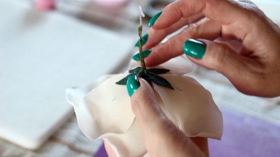 Как сделать розу из мастики: пошаговый фото-рецепт