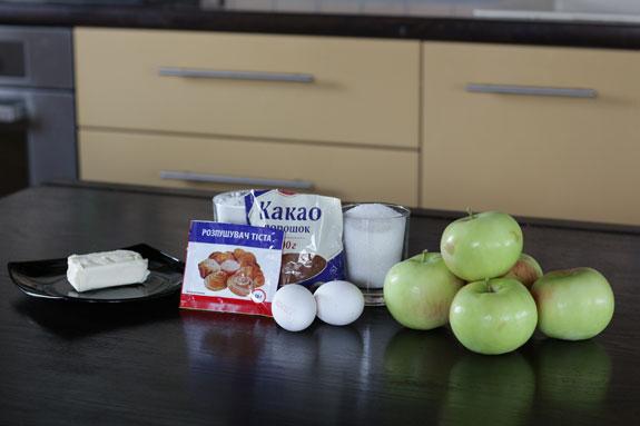 Шарлотку с яблоками можно приготовить в... Шарлотка с яблоками: пошаговый фото-рецепт