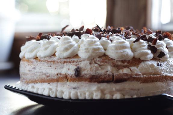 Посыпаем сверху тертым шоколадом и торт... Торт Тирамису с шоколадом: пошаговый фото-рецепт