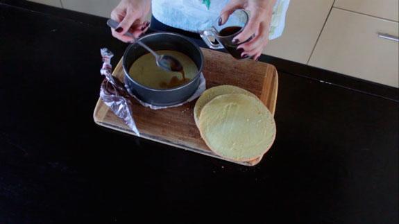 Достаем из духовки испеченные коржи, даем им... Торт Тирамису с шоколадом: пошаговый фото-рецепт