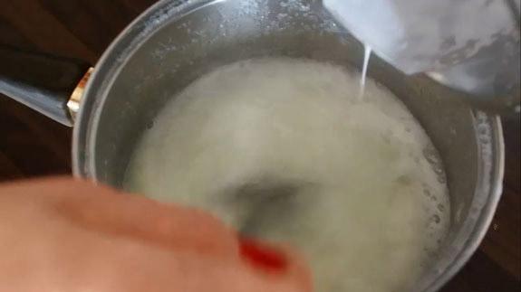 Когда сахар, вода и патока закипят. Шоколадная зеркальная глазурь: пошаговый фото-рецепт