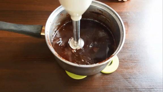 Даем массе постоять 10-15 минут. Шоколадная зеркальная глазурь: пошаговый фото-рецепт