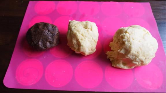 Затем две меньшие части оправляем в морозилку... Польский пирог Плесняк: пошаговый фото-рецепт