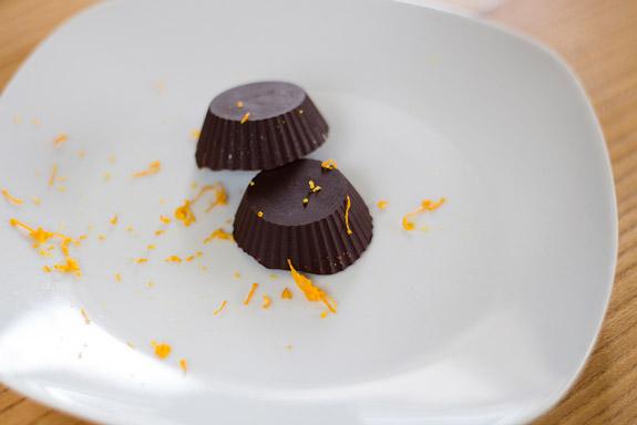 Шоколадные конфеты с арахисовой пастой
