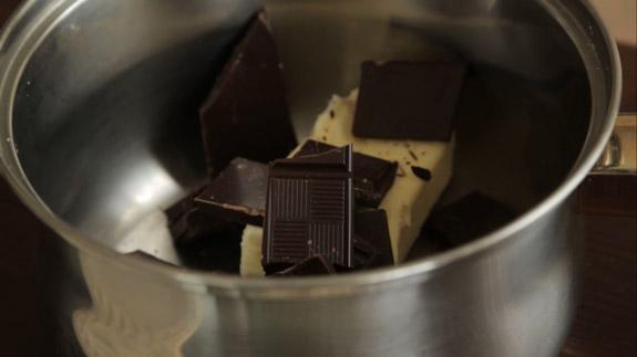Сливочное масло перекладываем в небольшую... Шоколадные пряники: пошаговый фото-рецепт