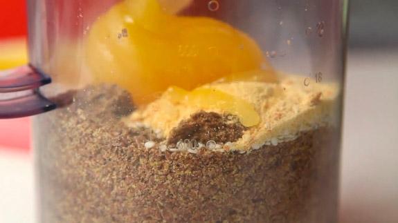 После вводим мед. Халва из льна и кунжута: пошаговый фото-рецепт