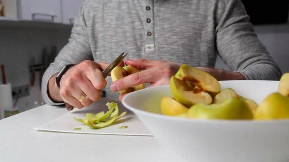 Очищаем яблоки от кожуры и семян. Диетическое суфле Зефир: пошаговый фото-рецепт