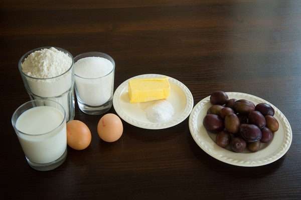 Ингредиенты. Кекс со сливами: пошаговый фото-рецепт