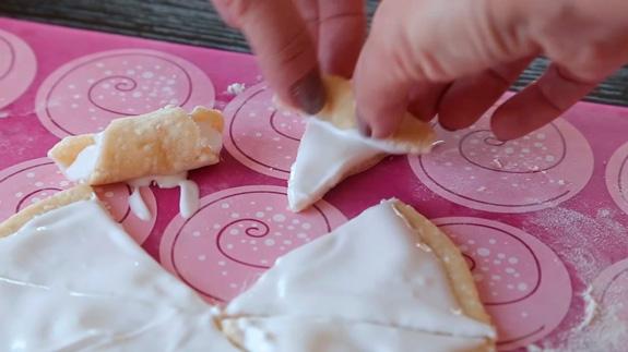 Рогалики на творожном тесте: пошаговый фото-рецепт